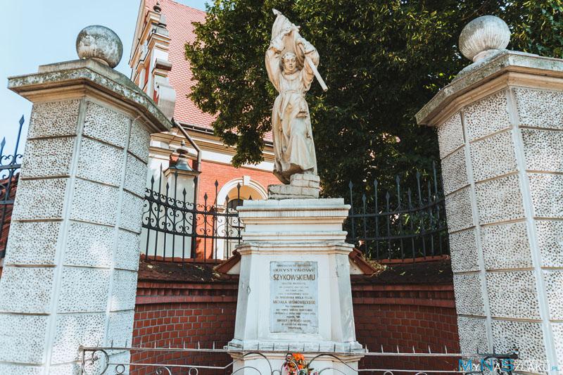 Pomnik Krystyna Szykowskiego
