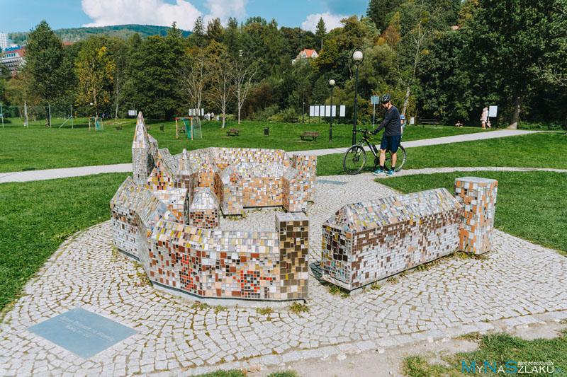 Zabytkowy Park Przygód i Miniatur