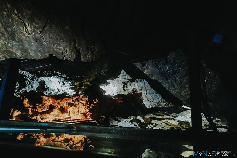 Jaskinia Niedźwiedzia w Kletnie zwiedzanie